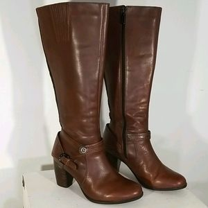 Blondo Leather knee, Riding Boots. Stacked Heel